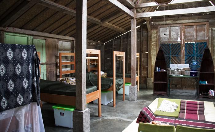 Tales-Wandering-Souls-Yoga-Surf-Coconuts-Silent-Retreat-Dormitory